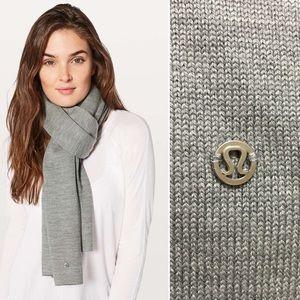 Lululemon cozy up scarf heathered core medium gray